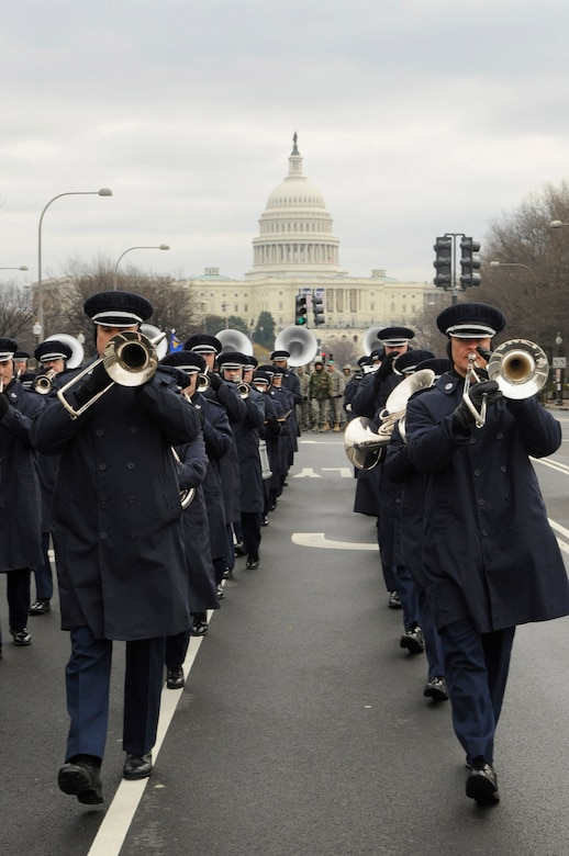 Members of the Air Force Band march down Constitution Avenue during a practice run of the inauguration parade for President-elect Barack Obama Jan. 11 in Washington, D.C. (U.S. Air Force photo/Senior Airman Tim Chacon)