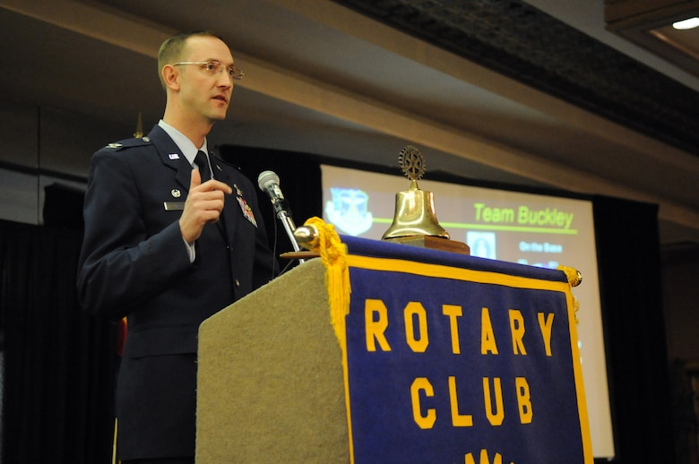 AURORA, Colo. -- Col. Wayne McGee, 460th Space Wing Commander, gives the State of the Base address to a joint session of the Rotary Club of Aurora and the Aurora Chamber Defense Council at the Red Lion Hotel here Jan. 14. In 2008 Buckley injected more than $1 billion into the local economy for the fifth straight year. (U.S. Air Force photo by Senior Airman John Easterling)
