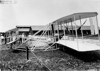 Signal Corps airplane #1. Wright Type at Ft. Meyer, Va., 1908