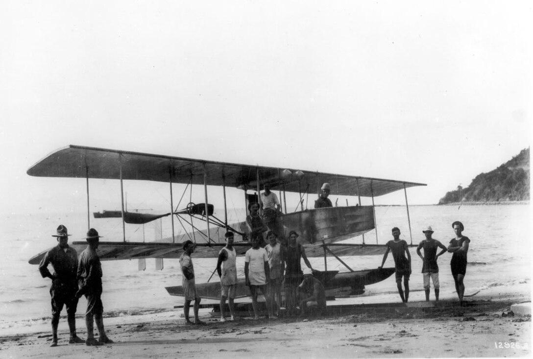 Burgess coast defense hydo, Signal Corps No. 17, with Lt. Dargue at controls, Corregidor, P.I., 1914