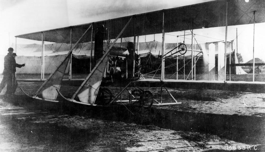 Wright B, Signal Corps No. 3, San Diego, 1913