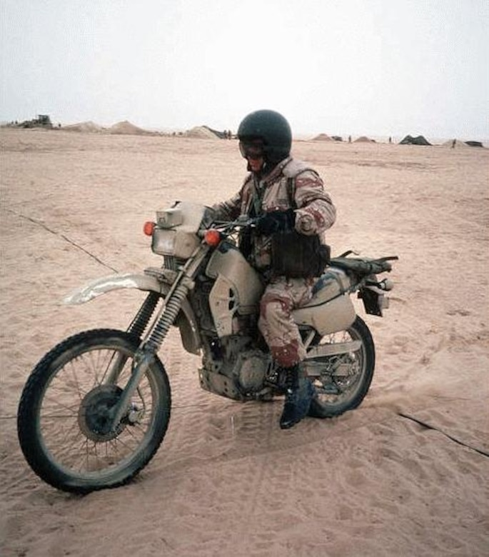 motorcycle military army war modern klr bikes gulf ii clubs force 2250 designs fosters air unusual american veterans today asia