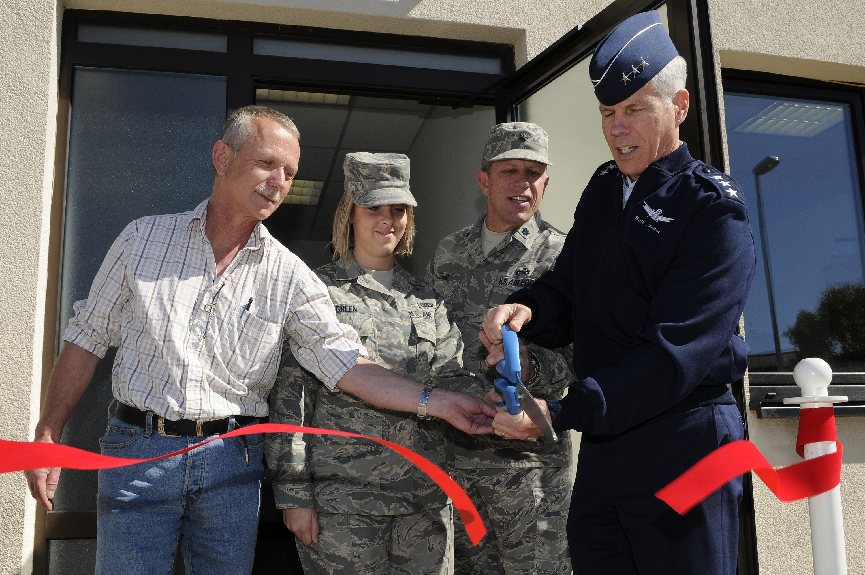 Tremendous Ramstein Opens New Facility Provides It Support Ramstein Download Free Architecture Designs Embacsunscenecom