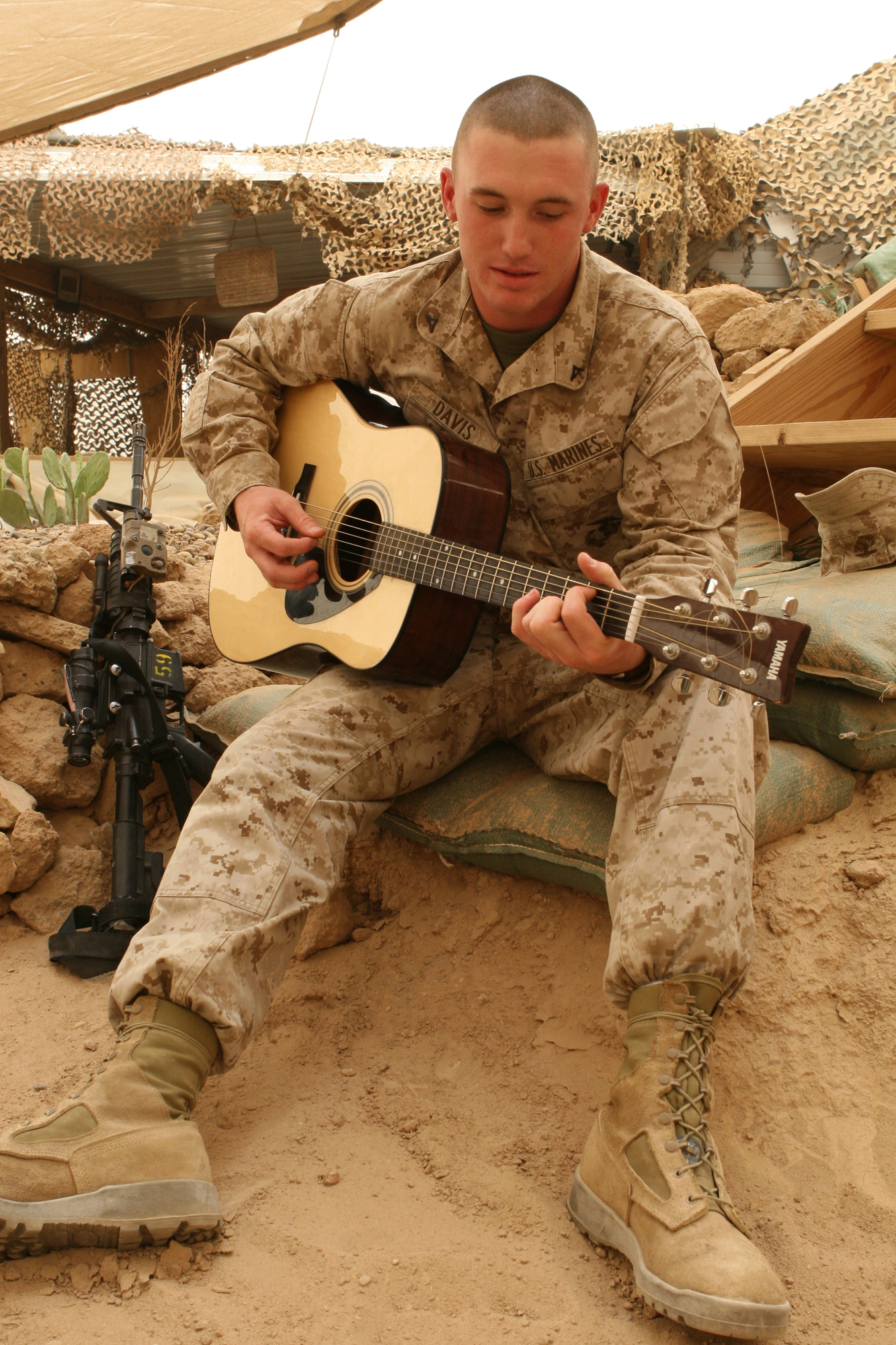 From country roots to combat boots, Marine sings his patriotism ...