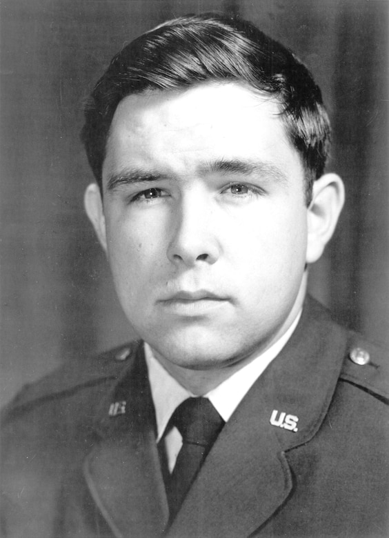 Capt. Steven L. Bennett. (U.S. Air Force photo)
