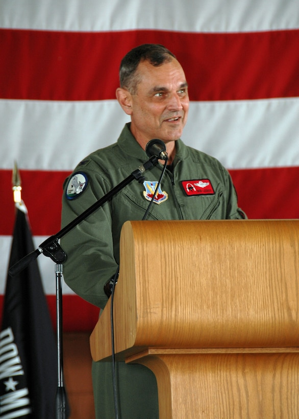 "END OF AN ERA.  Colonel Robert Leeker, 131st Fighter Wing Commander, spoke at the 131st Fighter Wing End of Era Ceremony, at the Missouri Air National Guard Base-Lambert Field, June 13, 2009.  ""Today we are merely turning a page in our history book.  The 131st (Fighter Wing) and the 110th (Fighter Squadron) lives on,"" said Leeker.  The ceremony commemorated the culmination of 86 years of flying operations in Saint Louis.  (U.S. Air Force Photo by Senior Airman Amber Hodges.  RELEASED)"
