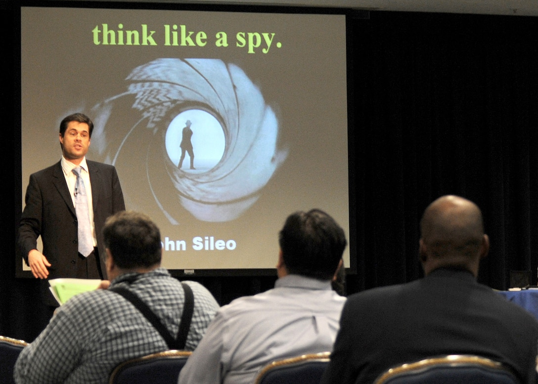 John Sileo speaks to audience members about how to protect themselves from ID theft during the Los Angeles AFB Financial Roadshow held at the Gordon Conference Center, Feb. 26. Mr. Sileo was one of the keynote speakers and financial experts during the all-day event. (Photo by Atiba S. Copeland)