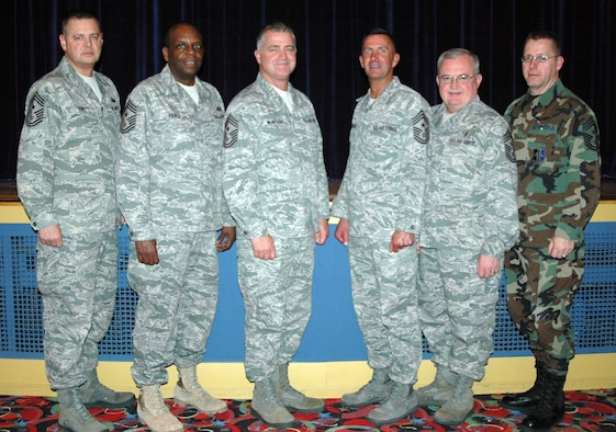 NIAGARA FALLS AIR RESERVE STATION, N.Y. - Major command chiefs from active duty, guard and reserve visit Niagara to observe the first ever guard & reserve combat delivery association between the 914th Airlift Wing (Reserve) and the 107th Airlift Wing (Guard).  Pictured left to right are Chief Master Sgt. Richard King, Command Chief 107th Airlift Wing; Chief Master Sgt. Hardy Pierce Jr., Command Chief New York Air National Guard; Chief Master Sgt. Troy McIntosh, Command Chief Air Force Reserve Command; Chief Master Sgt. Joseph Barron, Command Chief Air Mobility Command; Chief Master Sgt. Richard Smith, Command Chief Air National Guard; Chief Master Sgt. Steven Larwood, Command Chief 914th Airlift Wing.  (U.S. Air Force photo by Tech. Sgt. Kevin Nichols)