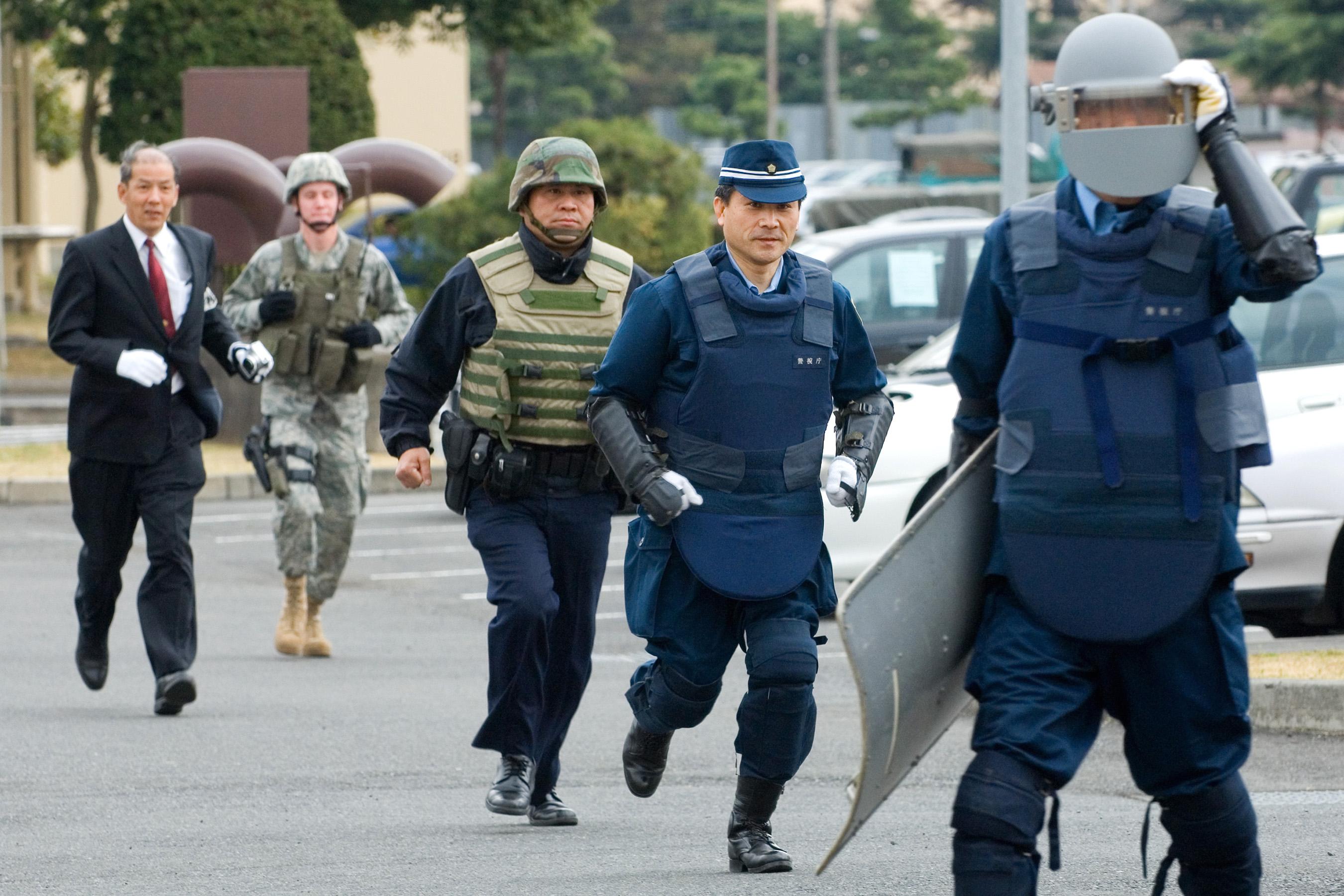 yokota airmen train with japanese police  u0026gt  u s  air force