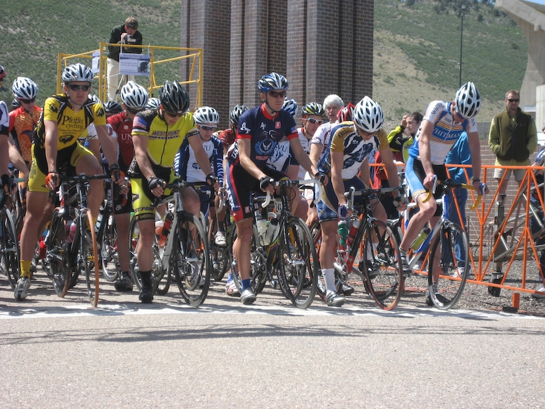 Trevor Johnson, center, and other bicyclists get ready to kick off an 80-mile road race in Fort Collins, Colo., May 8. Johnson won the overall title for the Rocky Mountain Collegiate Cycling Conference Division 2, which named the U.S. Air Force Academy's 2009 cadet cycling team as collegiate team of the year. (U.S. Air Force photo)