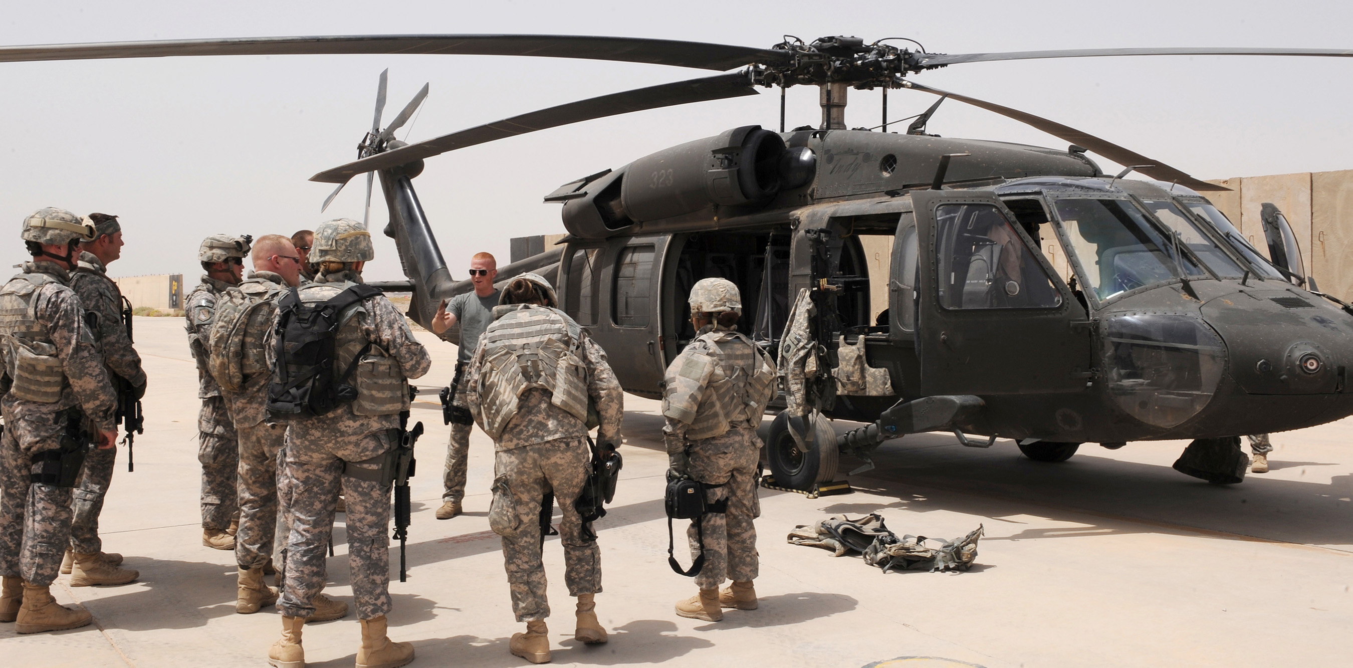 Air Force team conducts air assault training from