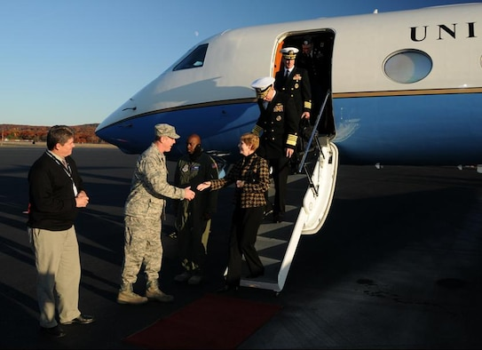 Col Robert T. Brooks Jr., 104th Fighter Wing Commander and Mr. Brian Barnes, Barnes Airport Manager, graciously welcomed Admiral Michael Mullen, Chairman of the Joint Chiefs of Staff and his wife Deborah as they debarked their aircraft at Barnes Airport on 29 October.