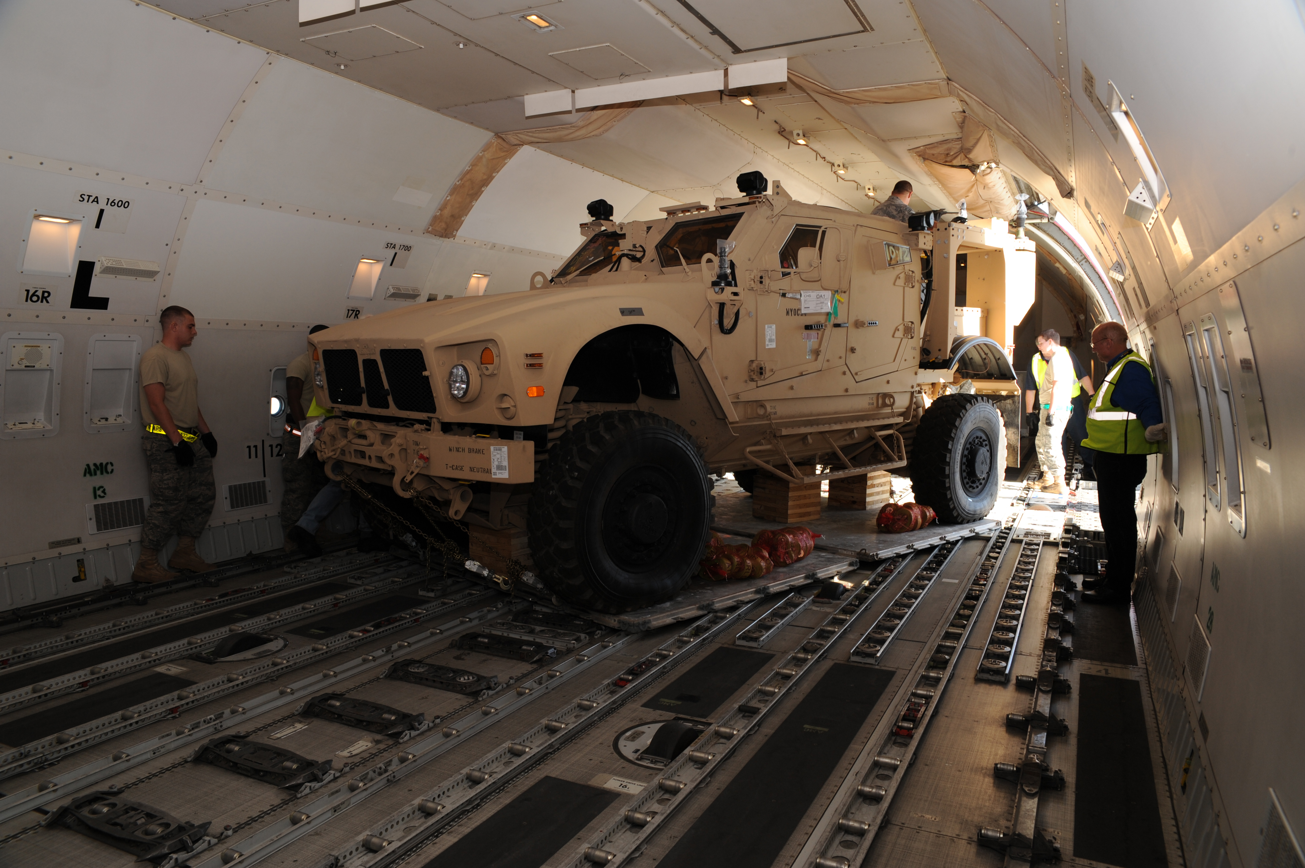 437 Aps Tackles First M Atv Load On 747 Gt Air Mobility