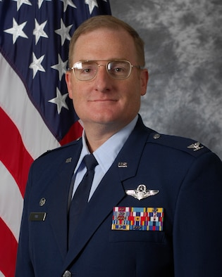 5th Bomb Wing commander