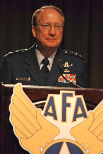 Lt. Gen. Frank G. Klotz outlines the service's nuclear deterrence and global strike missions at the 2009 Air Force Association Global Warfare Symposium Nov. 19, 2009, in Los Angeles. Senior leaders addressed such issues as space, cyberspace and deterrence to Airmen, civilians and industry partners. General Klotz is the commander of Air Force Global Strike Command. (U.S Air Force photo/Tech. Sgt. Amaani Lyle)