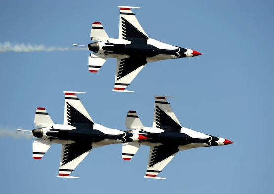 The U.S. Air Force Thunderbirds perform during Air Power Day at Osan Air Base, Republic of Korea, Oct. 21. (U.S. Air Force photo/Staff Sgt. Brian Ferguson)