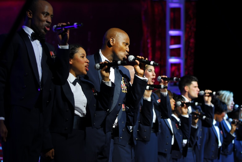 The 2009 Tops in Blue vocalists join together in song during the performance Aug. 25. (U.S. Air Force photo by Staff Sgt. Anika Williams)
