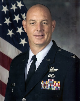 Col. Chris Hair, 19th Maintenance Group commander