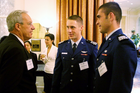 Former Colorado Sen. Wayne Allard, left, talks with Cadets 1st Class John Dombroski and Oliver Kotelnicki during the Project on Strategic Space Issues in Washington, D.C., Sept. 1, 2009. Throughout the three-day event, more than 180 commercial space professionals, former Eisenhower Summer Space Seminar alumni, Air Force Academy cadets and military and government space policy makers addressed U.S. space policy issues. (U.S. Air Force photo)