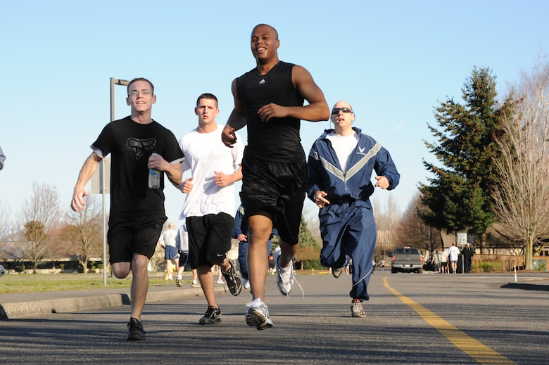 Members of the Oregon Air National Guard's 142nd Fighter Wing Participate in a fun run at the Portland Air National Guard Base, Feb. 20, 2010. (U.S. Air Force photo by Staff Sgt. John Hughel, Oregon National Guard)