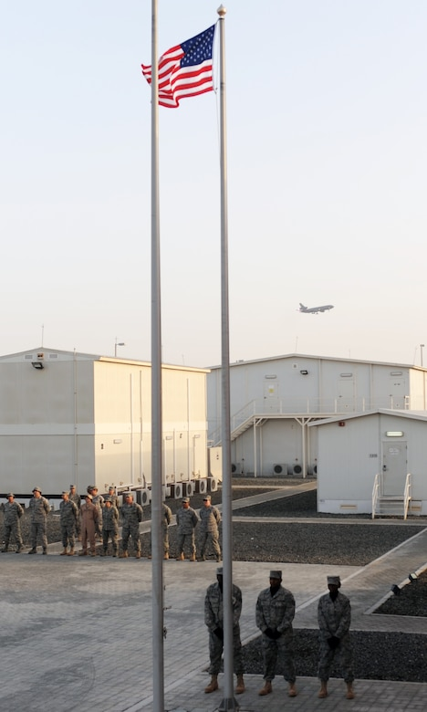 Photo Essay Expeditionary Airmen Honor American Flag Us Air
