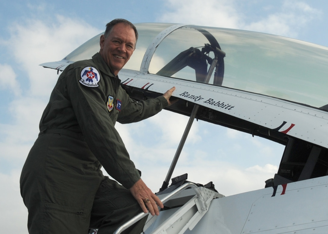 During his visit with the U. S. Air Force Thunderbirds April 15, 2010, at Nellis Air Force Base, Nev., Randy Babbitt, the administrator of the Federal Aviation Administration, received a familiarization flight with the demonstration team. (U.S. Air Force photo/Master Sgt. Pam Anderson)