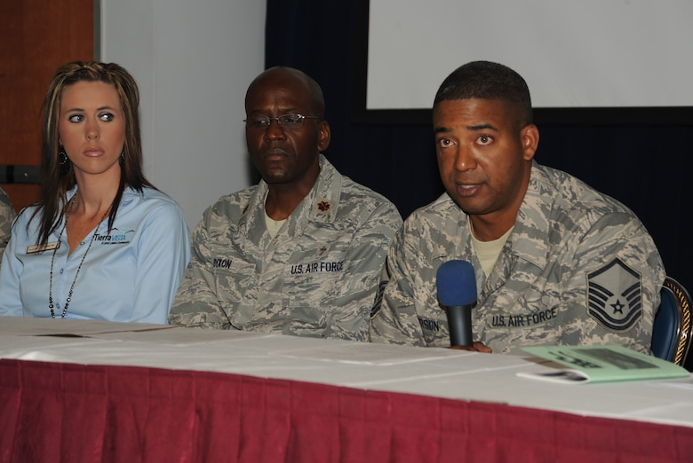 Master Sgt. Marc Person, Airman and Family Readiness Center NCO, addresses senior leaders at the IDS Commander's Information Forum, April 28. Also pictured is Chaplain Calvin Dixon and Jamie Fox, Tierra Vista Housing.  A&FRC, the Chapel, Tierra Vista, LAAFB Spouses Club and other helping agencies provided information about their programs and how leadership can help deployed members' families. (Photo by Joe Juarez)