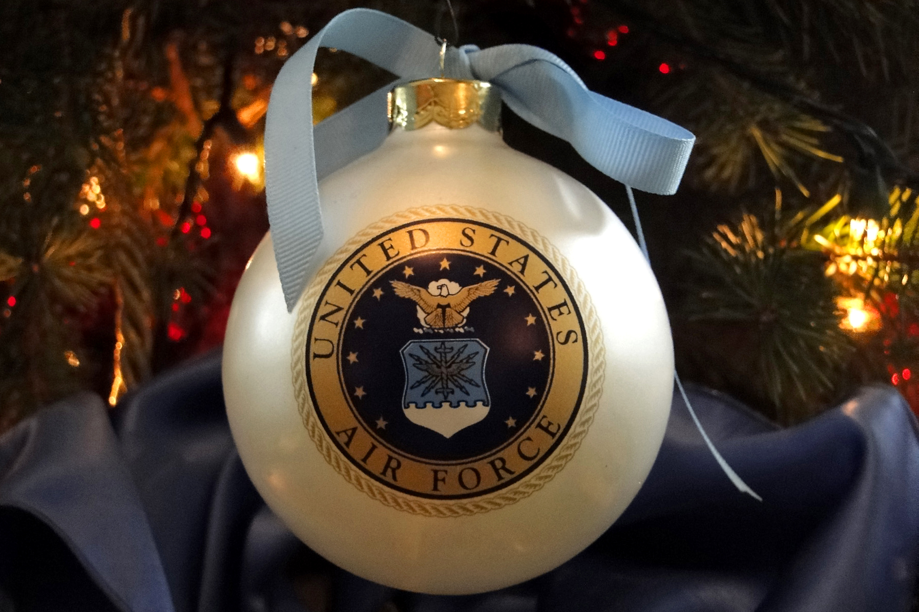 Peace Christmas Tree Topper.The White House S Military Appreciation Tree Features