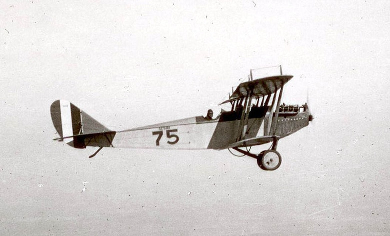 Curtiss JN-4 Jenny, 1918.  (Courtesy of Wikipedia)