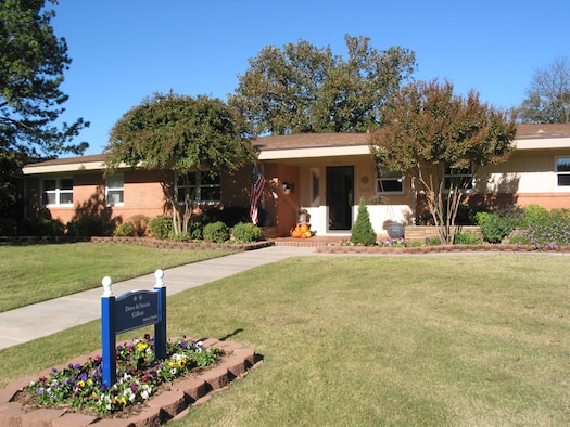 The Oklahoma City Air Logistics Center commander's current residence on Tinker. (Air Force photo)