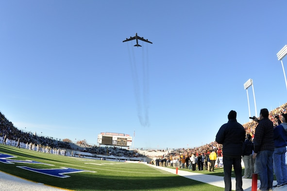 A B-52 Stratofortress provides a flyover for the AdvoCare V100 Independence Bowl Dec. 27 in Shreveport, La. The B-52, from the 917th Wing at Barksdale Air Force Base, was flown by a blended crew of active duty from the 2d Bomb Wing's 11th Bomb Squadron and Air Force Reservists from the 93rd Bomb Squadron. The U.S. Air Force Academy Falcons defeated the Georgia Tech Yellow Jackets in the Independence Bowl 14-7. (U.S. Air Force photo/Tech. Sgt. Jeffrey Walston)