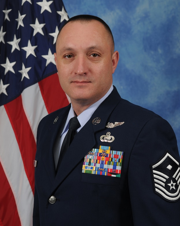 Master Sgt. Jeffery Baxter, 17th Force Support Squadron is the 2009 First Sergeant of the year at 17th Training Wing, Goodfellow AFB, Texas. The annual awards program recognizes both civilians and members in 16 categories of the Air Force, Army, Navy and Marines who are assigned to the wing, for their significant contributions to the 17 TRW, the community and mission. (U.S. Air Force photo/ Lou Czarnecki)