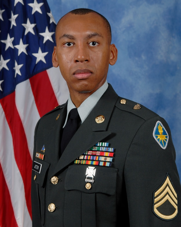Staff Sgt. Steven Jeter, 344 Military Intelligence Battalion is the 2009 Army Noncommissioned Officer of the Year for the 17th Training Wing, Goodfellow AFB, Texas. The annual awards program recognizes both civilians and members in 16 categories of the Air Force, Army, Navy and Marines who are assigned to the wing, for their significant contributions to the 17 TRW, the community and mission. (U.S. Air Force photo/ Lou Czarnecki)