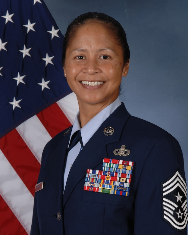 BUCKLEY AIR FORCE BASE, Colo. Chief Master Sgt. Arleen Heath, formerly the 460th Space Wing command chief master sergeant, has moved up to become the Air Force Personnel Center command chief master sergeant at Randolph Air Force Base, Texas. (U.S. Air Force photo)