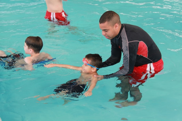 Swim Lessons Bring Smiles To Children Marine Corps Air Station Cherry Point Mcas Cherry