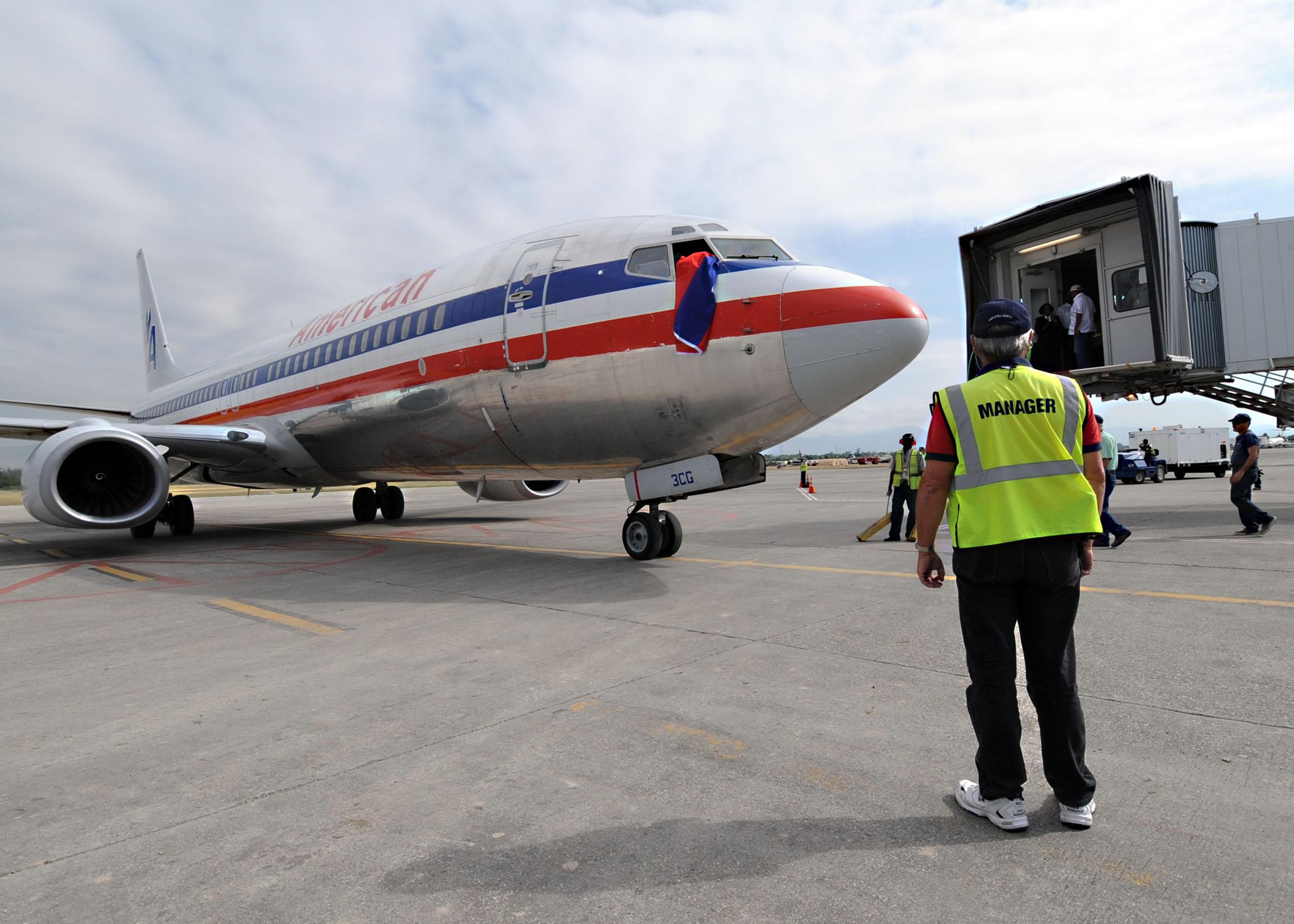 Haiti Airport Transitions Commercial Flights Begin Gt U S