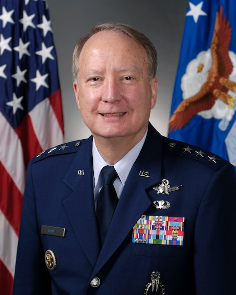 Official biography portrait of Lt. Gen. Frank Klotz. Photographed in the Pentagon on Sept. 29, 2009. (U.S. Air Force photo by Scott Ash)