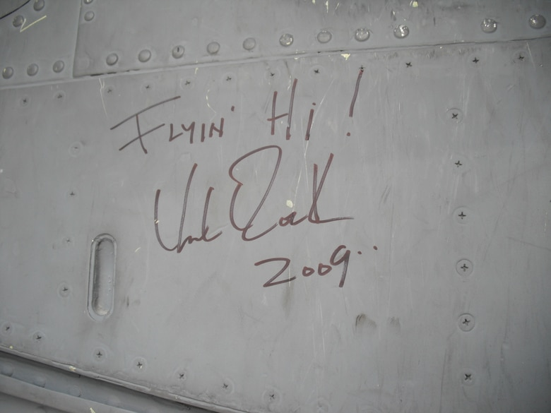 Kid Rock autographed a Nebraska Air National Guard KC-135R Stratotanker while touring the Al Udeid, AB flightline on December 6, 2009. Kid Rock was doing a USO show at Al Udeid for troops deployed there is support of the global war on terror. (Nebraska Air National Guard photo by Capt. Lloyd Blessington)