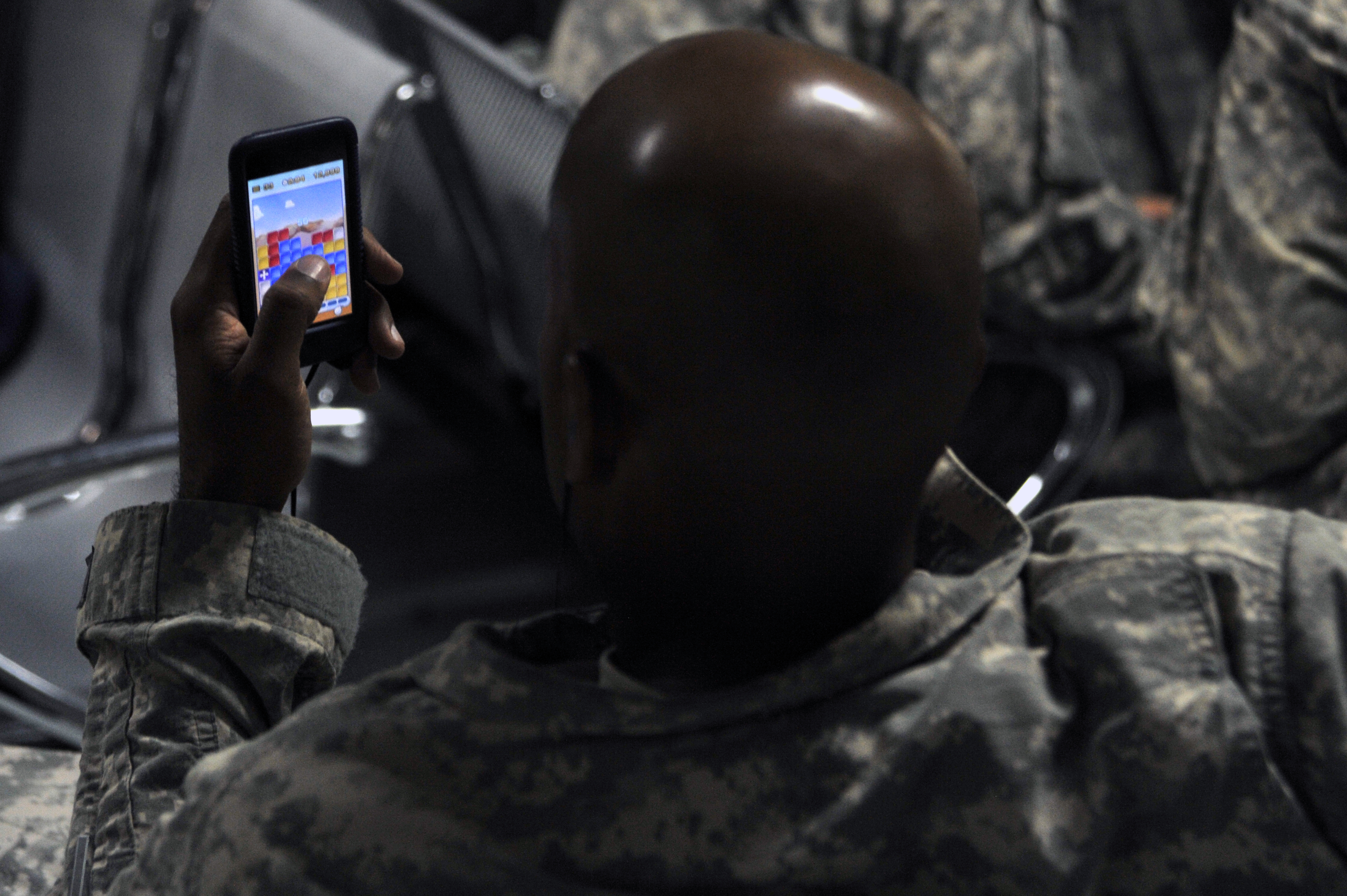 th elrs airmen ensure iers get home as drawdown continues hi res photo details