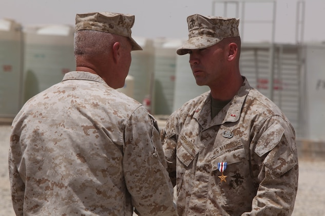 Moving toward the sound of the guns 1st marine logistics group news article display - Becoming a marine officer ...