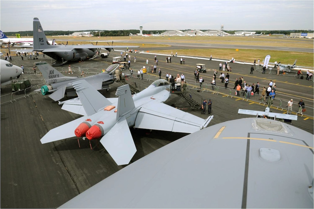The view from the top of a C-17 Globemaster III from Travis Air Force Base, Calif., overlooks the U.S. static display coral July 20, 2010, in Farnborough, England. Eleven U.S. military aircraft and approximately 70 personnel representing all branches of service participate in the 2010 Farnborough International Air Show. (U.S. Air Force photo/Staff Sgt. Jerry Fleshman)
