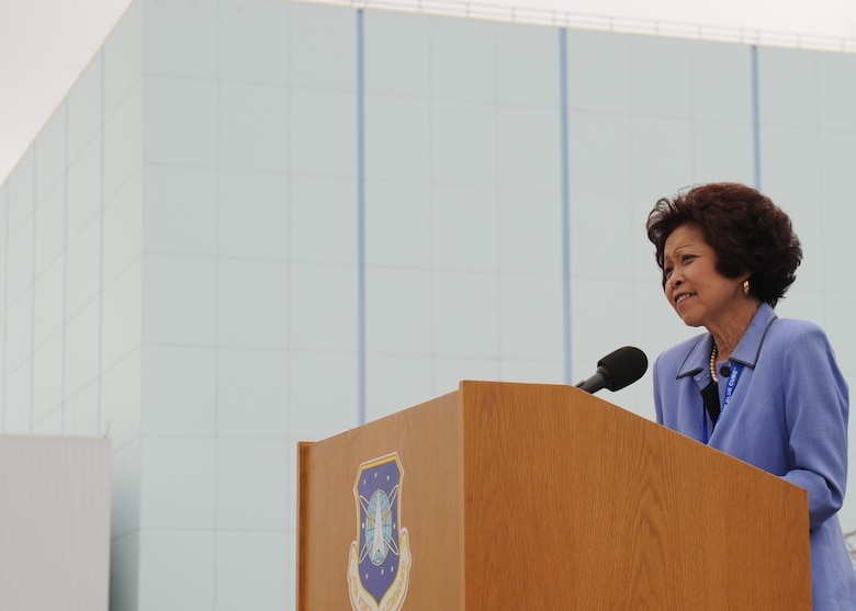 SUNNYVALE, Calif.-- Lorna Onizuka, widow of Col. Ellison Onizuka, an astronaut who died aboard Space Shuttle Challenger on Jan 28, 1986, delivers a speech during the Onizuka Air Force Station closing ceremony here, Wednesday, July 28, 2010. Built in 1960, Onizuka AFS was originally known as the Air Force Satellite Test Center. It was selected for closure by the Base Closure and Realignment Commission in 2005, with the recommendation to move operations to Vandenberg Air Force Base, in order to consolidate satellite command and control operations while reducing excess infrastructure. (U.S. Air Force Photo/Senior Airman Bryan Boyette)
