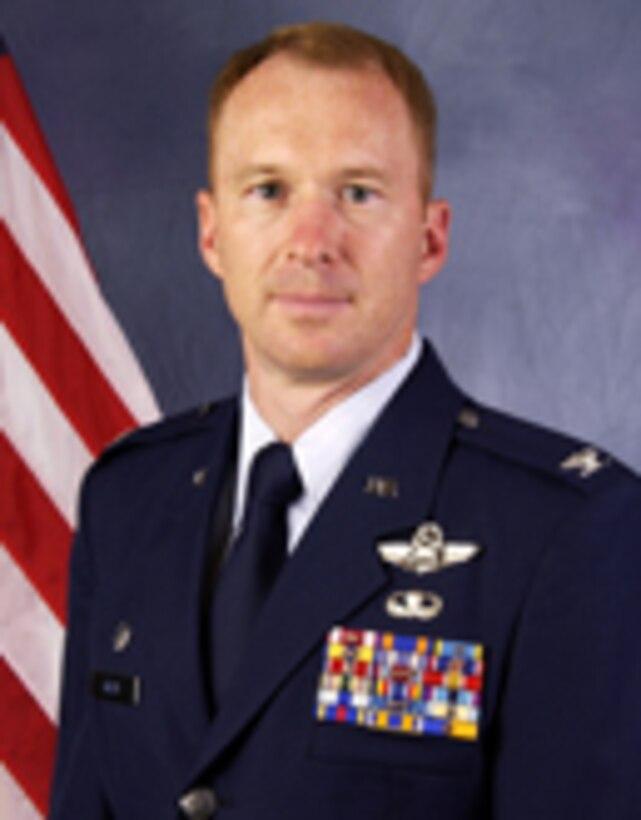 141st ARW Commander