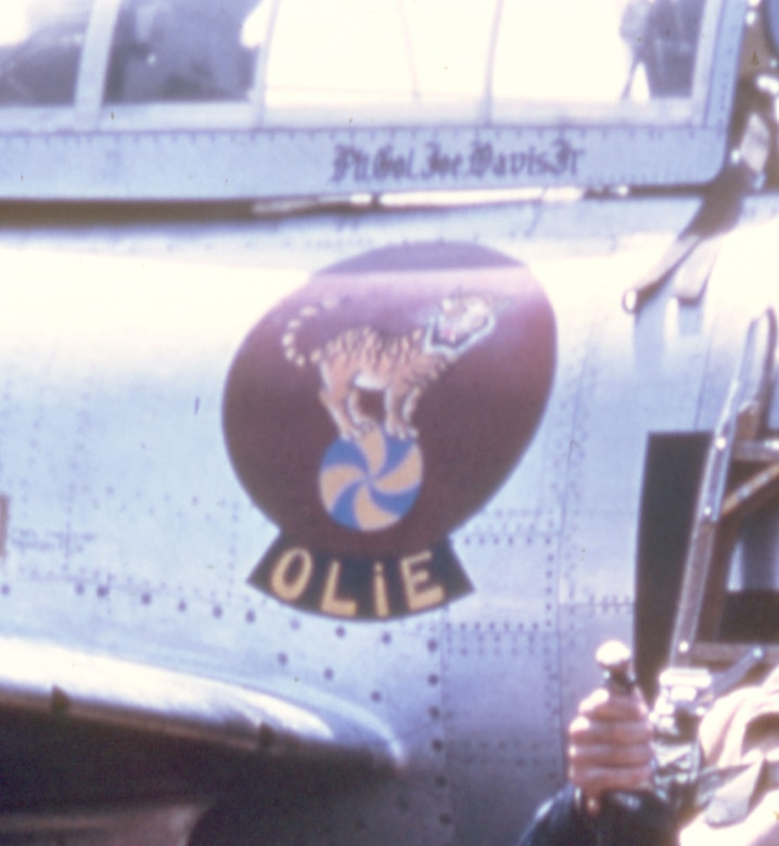 430th Fighter-Bomber Squadron emblem on the right side of Col. Davis' F-84. (U.S. Air Force photo)