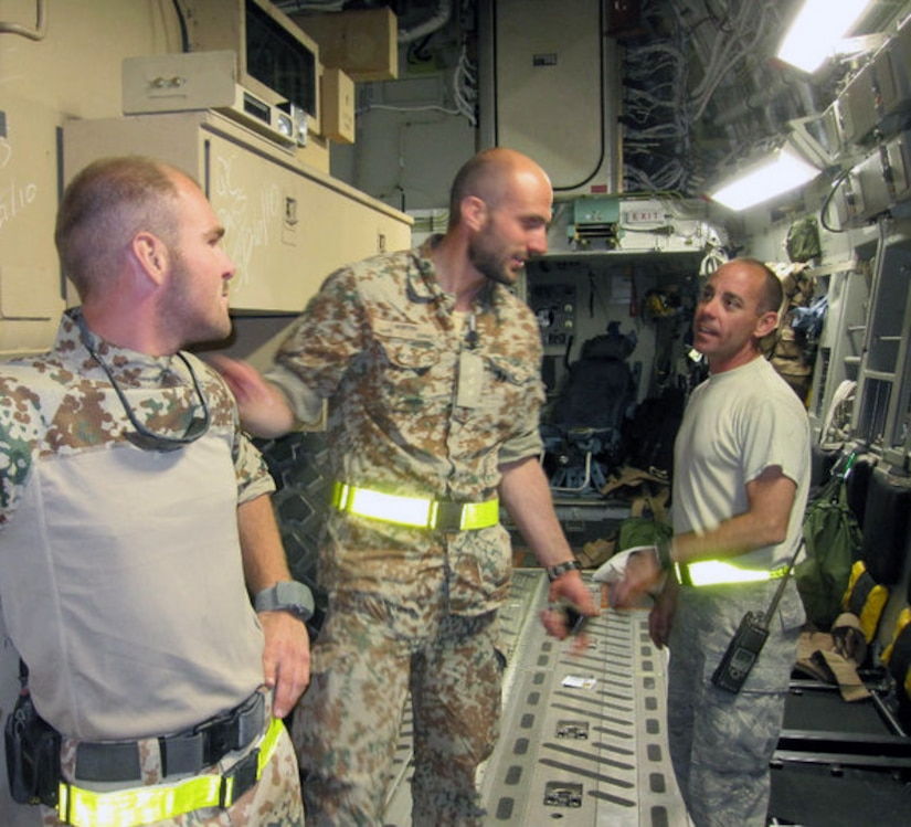 43rd Flying Squadrons Beercans: Aerial Porters Partner Unite For Mission Success > Pope