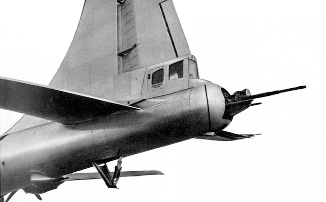 The tail gunner used a sighting station that allowed him to fire other turrets too.  Moreover, other sighting stations could remotely fire the tail guns.