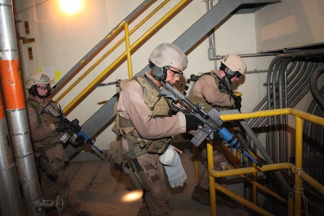 26th MEU raid force hones maritime interception skills ...