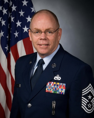 Official photo of Chief Master Sgt. Joseph E. Thornell Sr., Air Forces Northern Command Chief.  (Photo courtesy of U.S. Air Force)