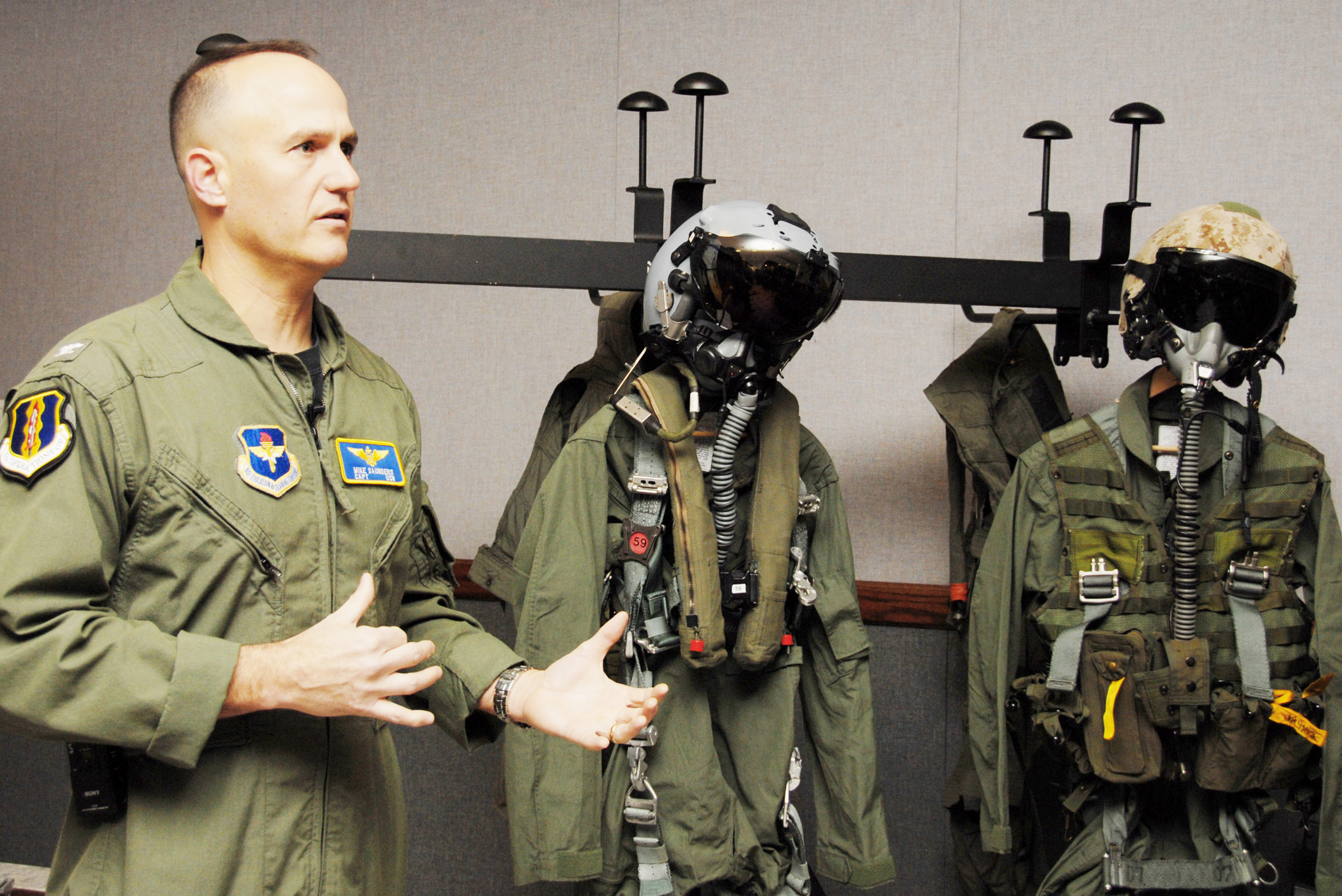 Navy Capt. Mike Saunders describes the F-35 Lightning II joint strike  fighter pilot a40862cd0f6
