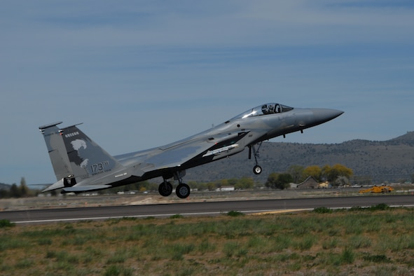 An Ore. Air National Guard F-15 Eagle lands  on the runway at Kingsley Field, Klamath Falls, Ore. following a routine training mission May 17, 2008.  (U.S. Air Force photo by Tech. Sgt. Jennifer Shirar, Released)